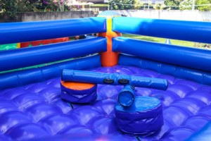 ringue inflável para colônia de férias