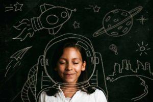 pebolim humano estimula a criatividade