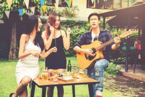 Festa no sítio com música