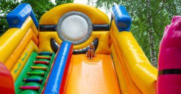 como escolher o brinquedo inflável ideal